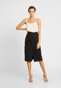 River Island - ULILITY PENCIL - Pencil skirt - black - 1