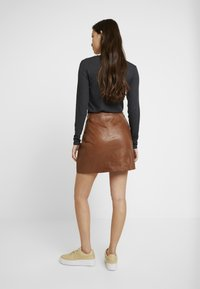 River Island - SIDE ZIP SKIRT - Mini skirt - brown - 2