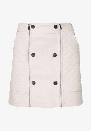 Minifalda - bone