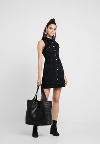 River Island - ADA FITTED DRESS - Spijkerjurk - black - 2