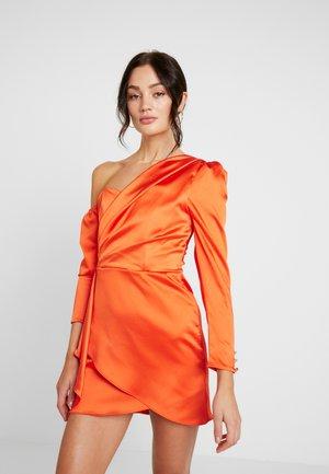 DUSTIN ONE SHOULDER BAR - Koktejlové šaty/ šaty na párty - orange