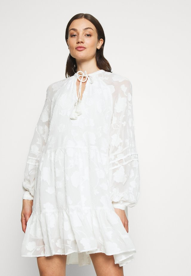 ROSINALS SMOCK SPECIAL FABRIC TIE NECK DRESS - Korte jurk - white