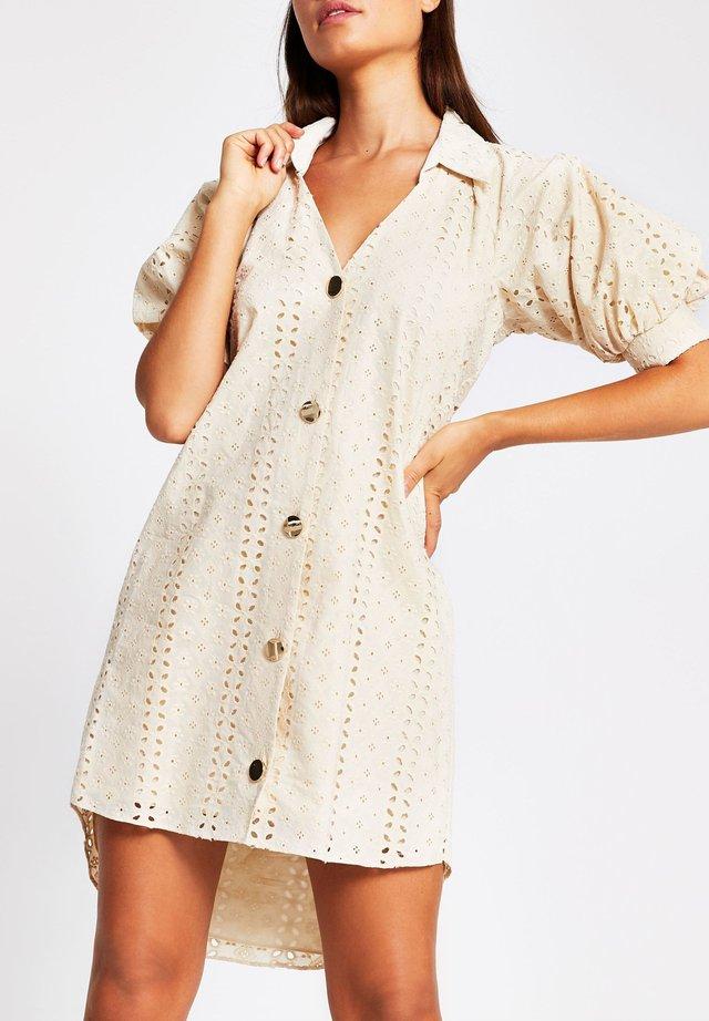 Skjortklänning - cream