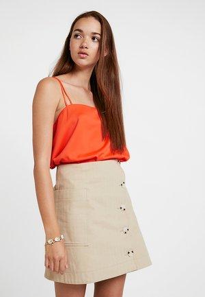 Linne - orange bright