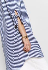 River Island - RICH SHIRT - Button-down blouse - blue - 6
