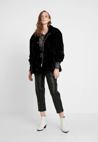 River Island - Jas - black - 1
