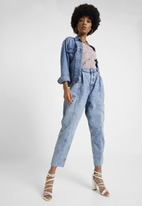 River Island - Jeansy Relaxed Fit - blue denim - 1