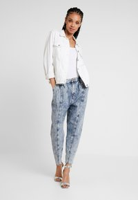 River Island - Relaxed fit jeans - acid mid - 2