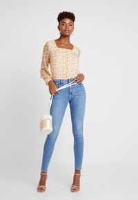 River Island - Jeans Skinny Fit - mid auth - 1