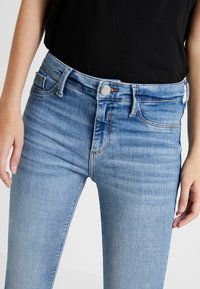 River Island - MOLLY - Jeans Skinny Fit - mid auth - 5