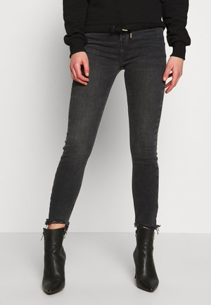 HAILEY BARDEM - Jeansy Skinny Fit - washed black