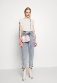 River Island - Džíny Relaxed Fit - mid acid wash - 1