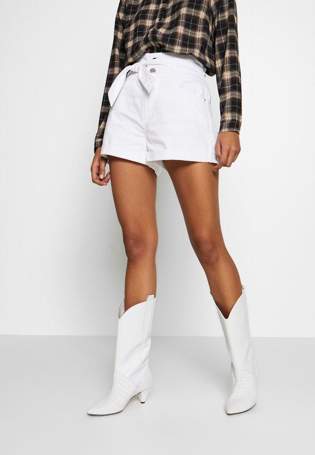 Szorty jeansowe - white