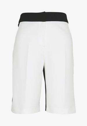 HARD FRILLS BLOCKED BEMUDA SHORTS - Shorts - black / white