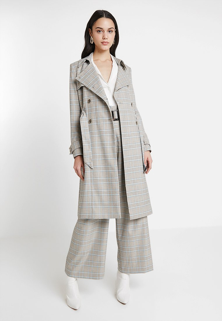 River Island - Trenchcoat - grey check