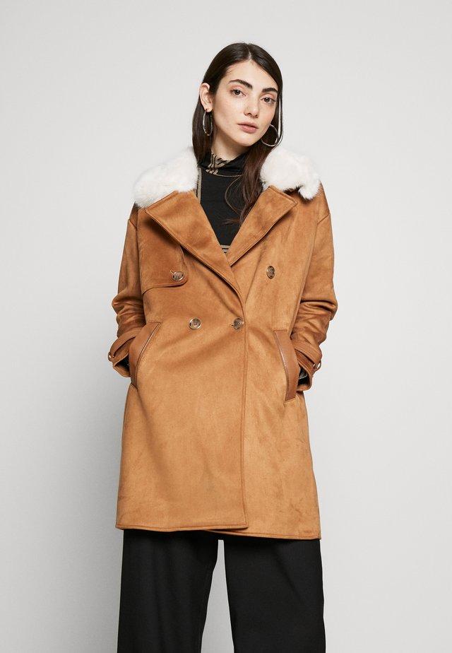 Classic coat - brown medium