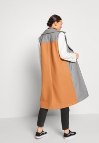 River Island - ADRIANA COAT COLOURBLOCK - Mantel - grey - 2