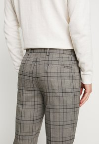 River Island - Pantalon de costume - grey - 5