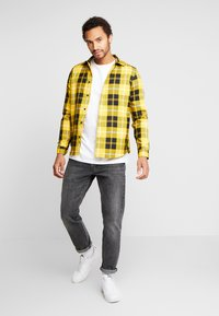 River Island - Košile - bright yellow - 1