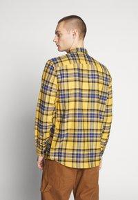 River Island - CHECK - Shirt - bright yellow - 2