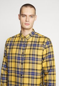 River Island - CHECK - Shirt - bright yellow - 5