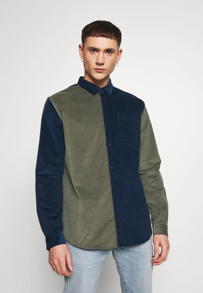 River Island - BLOCK - Shirt - khaki/navy