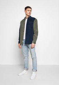River Island - BLOCK - Shirt - khaki/navy - 1