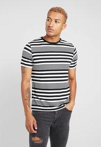 River Island - T-Shirt print - white - 0
