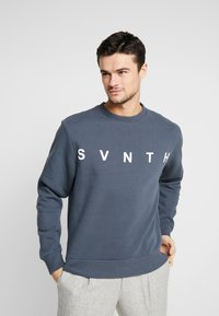 River Island - WASHED PRINTED CREW  - Sweater - blue - 0