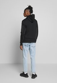 River Island - HOODED - Hættetrøjer - black - 2