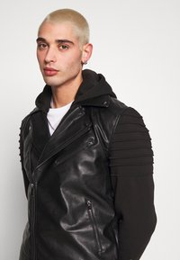 River Island - HYBRID BIKER - Faux leather jacket - black - 3