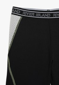 River Island - SET - Shorts - black - 3