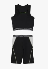 River Island - SET - Shorts - black - 1