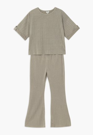 SET - Trousers - khaki