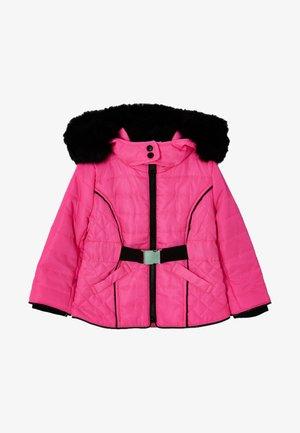Abrigo de invierno - pink