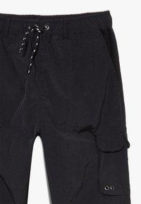River Island - BLACK MULTI POCKET  - Cargo trousers - black - 2