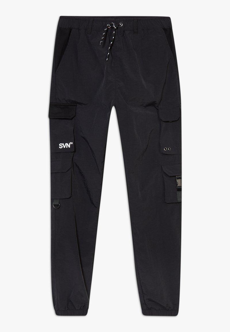 River Island - BLACK MULTI POCKET  - Cargo trousers - black