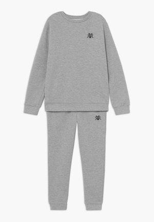 SET - Dres - grey