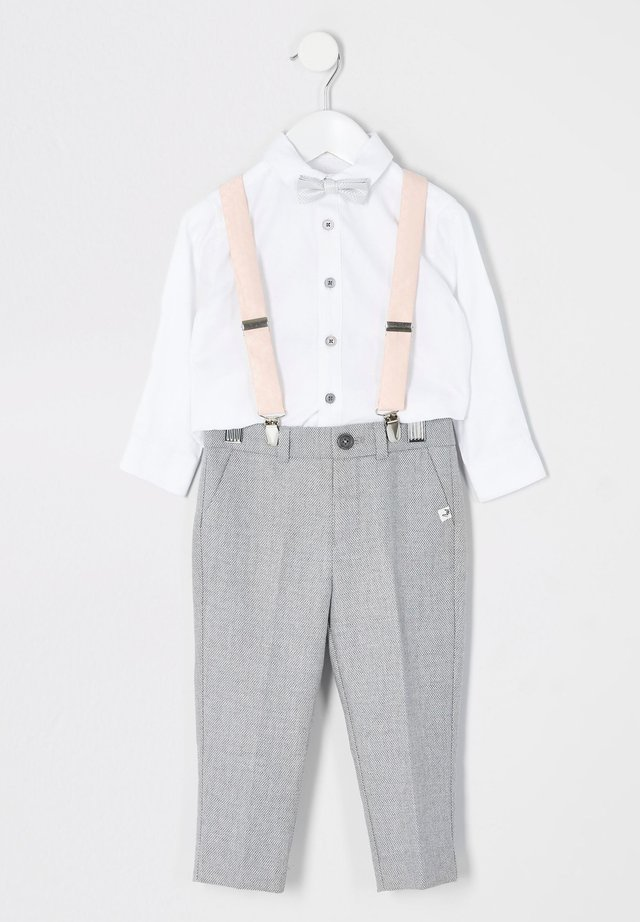 MINI BOYS GREY TROUSERS AND BRACES OUTFIT - Tygbyxor - grey