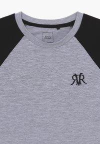 River Island - 2 PACK - T-shirt imprimé - white - 4