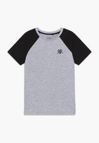 River Island - 2 PACK - T-shirt imprimé - white - 2