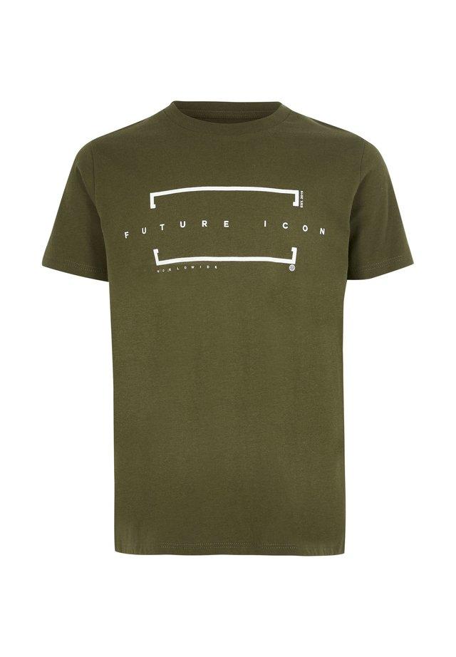 BOYS KHAKI 'FUTURE ICON' T-SHIRT - T-shirt print - khaki