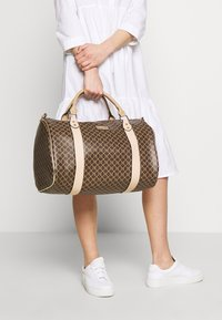 River Island - Weekend bag - chocolate - 1