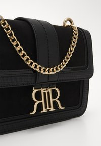 River Island - Across body bag - black