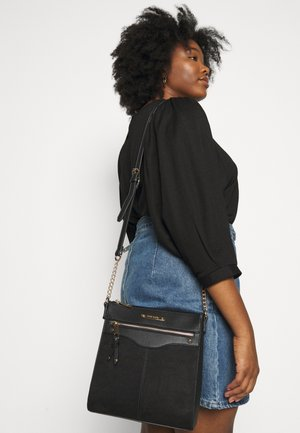 EMBOSS STRUCTURED MESS - Across body bag - black