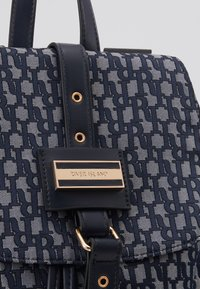 River Island - LOCK FRONT BACKPACK - Sac à dos - blue - 2