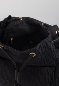 River Island - LOCK FRONT BACKPACK - Reppu - black - 4
