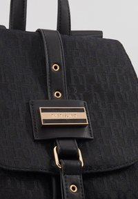River Island - LOCK FRONT BACKPACK - Reppu - black - 2