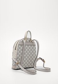 River Island - Batoh - light grey - 3
