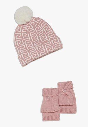 SET - Čepice - pink